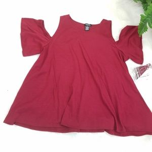 RUE 21 OF  BLOUSE SHOULDERS BURGUNDY SIZE M